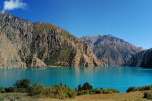 Panorama_phoksumdo_lake_from_camp_0(1).jpeg